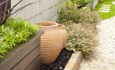 実際のお庭を見てみよう 1.ガーデンルームのある庭 | 庭づくりの魅力 | お役立ちコンテンツ | 新築一戸建ての注文住宅を建てるのならhit住宅展示場