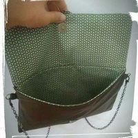 Comment coudre un sac pochette en cuir : Patron et tutoriel gratuit. free pattern leather bag. saddlebag