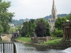 Places & History of England - City Of Bath from http://www.discoverthetrip.com/city/image-gallery/city-of-bath.html#!prettyPhoto[pp_gal]/3/