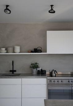 Bilderesultat for hvitt kjøkken betong benkeplate