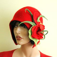 Red hat Felted hat with brooch Felt hat Cap felted Great Gatsby hat Merino wool