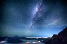 Photo : The Sparkling Milkyway & East Java Mountains