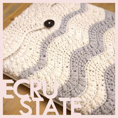 Sea Foam #Laptop #Sleeve #crochet #wavy #puff #stitch #ecrustate