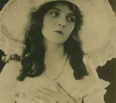 30 Facts About the Tumultuous, Brief Life of Olive Thomas Olive Thomas, Paris Suburbs, Young Actors, Old Hollywood, That Look, The Outsiders, Facts, In This Moment, Shit Happens