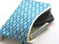 Let's Sew a Zippered Pouch ~ A Tutorial