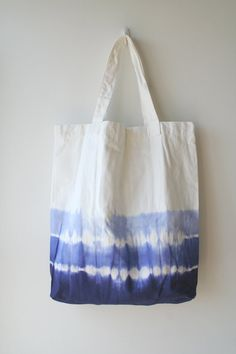Hey, I found this really awesome Etsy listing at https://www.etsy.com/listing/184563358/coin-bolsos-super-size-ocean-blue-tie