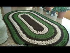 Discover recipes, home ideas, style inspiration and other ideas to try. Crochet Doily Rug, Crochet Carpet, Crochet Flower Patterns, Crochet Round, Doily Patterns, Crochet Squares, Crochet Home, Crochet Flowers, Crochet Decoration