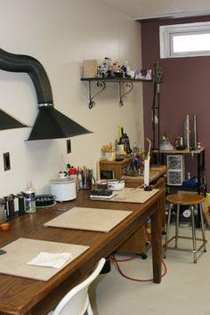Necesito esta campana para succion en winter.....................Jewelry Metalsmith Studio Pictures- Melissa Muir