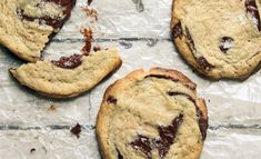 The Famous Tahini Chocolate Chip Cookies from I Will Not Eat Oysters by Danielle Oron Cookie Recipes, Dessert Recipes, Desserts, Bar Recipes, Yummy Recipes, Recipies, Valrhona Chocolate, Cinnamon Toast Crunch, Butter Chocolate Chip Cookies