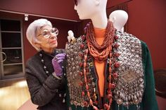 90 year old fashion icon, Iris Apfel will give the Peabody Essex Museum over 600 pieces of clothing and accessories by world-famous designers to expand and modernize museum's their fashion and textiles department.