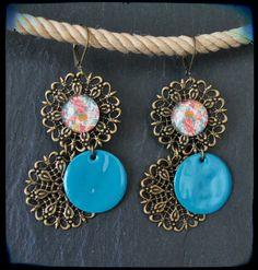 Boucles d'oreilles pendantes dormeuses estampes shabby chic bleu : Boucles d'oreille par c-moi-k-fee Shabby Chic Bleu, Bijoux Shabby Chic, Turquoise Necklace, Pendant Necklace, Vintage, Etsy, Jewelry, Drop Earring, Prints