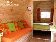 POD , aménagement intérieur d'un camping POD, cabane en bois finlandaise http://www.hietala-aventure-loisirs.com/pod-cabane.html
