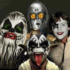 Kiss Wars/ c3po rocking out!