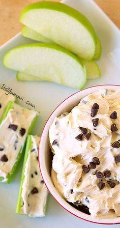 Low Fat Chocolate Chip Peanut Butter Dip - You can make this dip with regular pe.,Healthy, Many of these healthy H E A L T H Y . Low Fat Chocolate Chip Peanut Butter Dip - You can make this dip with regular peanut butter if you don't care ab. Yummy Snacks, Yummy Treats, Delicious Desserts, Yummy Food, Salty Snacks, Tasty, Low Fat Chocolate, Healthy Chocolate, Chocolate Chips