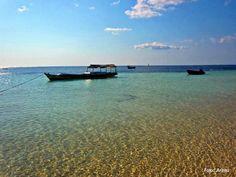Nemberala Beach, Rote Island, Nusa Tenggara Timur, Indonesia. (Photo: Arinta) #PINdonesia
