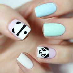 Panda nails! (+ panda butt) #thenailtrail #panda @TheNailTrail