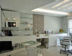 Resultado de imagem para consultorios odontologicos com prateleiras