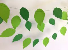 Paper garland Spring GREEN LEAVES/ Wedding by MrsBowEventSupply