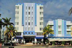Park Central Hotel (1937)  640 Ocean Drive South Beach, Miami. Architecte : Henry Hohauser. ©GB