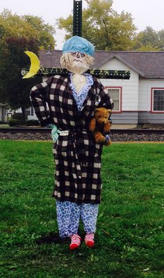 The Sassy, Sleepy Scarecrow