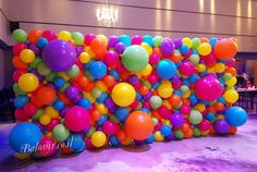 Balloon wall Balloon Backdrop, Balloon Decorations Party, Balloon Columns, Party Decoration, Balloon Wall, Balloon Garland, Deco Ballon, Balloons Galore, Celebration Balloons