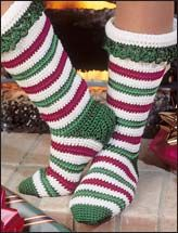 christmas socks--they look like something I could make with this pattern