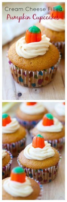 Cream Cheese Filled Pumpkin Cupcakes – rich cream cheese filled inside these amazing pumpkin cupcakes, so creamy & decadent | rasamalaysia.com. Recipe from @carmelmoments