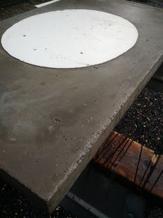 DIY: How to Create Poured Concrete Vanity Tops and Shower Curbs. Learn along with us! These DIY concrete vanities are durable and cheap! Concrete Sealer, Mix Concrete, Concrete Color, Poured Concrete, Concrete Structure, Concrete Projects, Diy Bathroom Vanity, Diy Vanity, Basement Bathroom