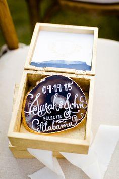 Elegant & Sparkly Barn Wedding Ideas in Gold & Blue Blue Wedding, Trendy Wedding, Wedding Colors, Elegant Wedding Favors, Wedding Ideas, Homemade Stamps, Wedding Cake Roses, Wedding Day Inspiration, Ceremony Backdrop