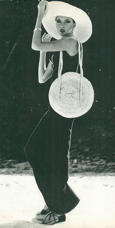 Harper's BazaarJune 1975, dress by Albert Capraro