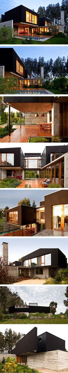 """Casa Rocas"": Rocas de Santo Domingo, Chile | Design: UN Arquitectura (Juan Pablo Nazar, 2010 )"