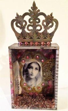 By Diana Darden using the Crown Shrine Kit from Retro Café Art Gallery. www.RetroCafeArt.com
