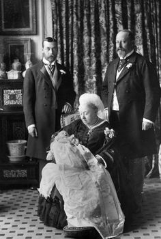 The last such picture of 4 generations of royalty was of Queen Victoria in 1894 with her son, grandson and great grandson: Edward VII, George V and Edward VIII respectively.The black and white photo was taken at White Lodge in Richmond Park at Prince Edward's christening.