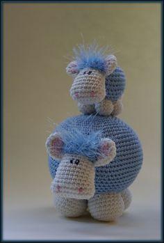 Cute amigurumi sheep!