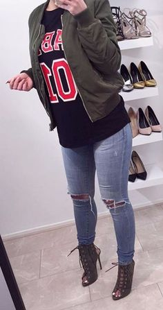 c661fbe1f959e SEXY JEANS FASHION Ripped jeans Fashion Moda, Urban Fashion, City Fashion,  Jeans Fashion