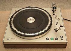 PHILIPS 212 ELECTRONIC turntable (1972)