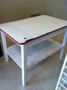 166 best vintage enamel top tables images antique furniture old rh pinterest com Vintage Enamel Top Kitchen Table Red Enamel Top Table