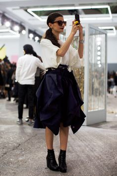 Wow, I'm absolutely loving this asymmetrical skirt. Need to find one like it, would look great with boots and a leather jacket,