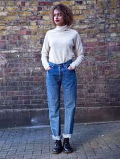 Vintage high waisted Mom jeans by Levis