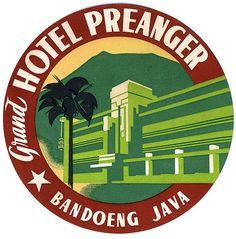 Vintage luggage label :: Grand Hotel Preanger, Java