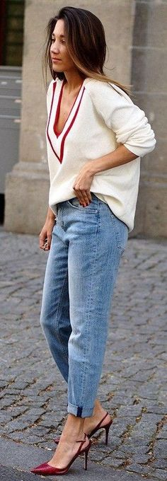 #spring #fashion #stylish #outfitideas |Stylish casual way to wear mom's jeans | Hello Shopping