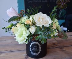 Echevarria  Flower arrangement  White rose