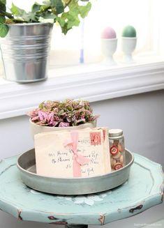 Thrifty and vintage Easter decor ideas, Dagmar's Home, DagmarBleasdale.com #easter #spring #homedecor #frugal #thrifty