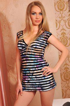 Ladies Ukraine Ladies Gold 28