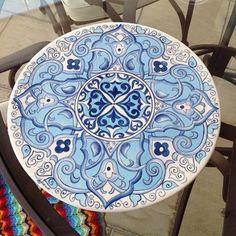 Um dos primeiros da minha coleção ☺️☺️!!! Para informações sobre valores mandem direct #ceramics #ceramic #ceramica #cerâmica #art #artist #arte #artista #pintura #pinturaamao #decoration #decoracao #decoração #lilianacastilho