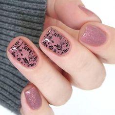 70 Simple Nail Design Ideas That Are Actually Easy Crazy Nails, Love Nails, Pretty Nails, Modern Nails, Short Nails Art, Stamping Nail Art, French Tip Nails, Rhinestone Nails, Stylish Nails