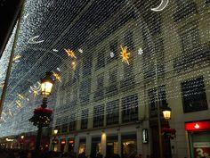 De kerstverlichting in Malaga is alweer aan. Malaga 2015. Wat een schitterende tijd om hier te zijn in de herfst en winter, www.reisgidsmalaga.nl