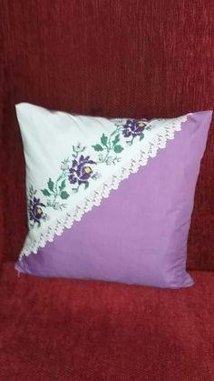 Sewing Pillows, Diy Pillows, Decorative Pillows, Cushions, Throw Pillows, Diy Pillow Covers, Cushion Covers, Patchwork Cushion, Cross Stitch Bird