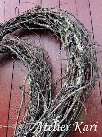 Atelier Kari naturdekorasjoner og kranser: Kvisthjerter mange vil ha. Natural Christmas, Grapevine Wreath, Grape Vines, Valentines, Wreaths, Nature, Decor, Atelier, Ideas