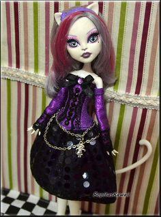Vestido confeccionado a mano para muñeca monster high de RopitasKawaii en Etsy
